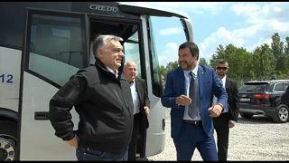 Orbán y Salvini visitan la frontera entre Serbia y Hungría