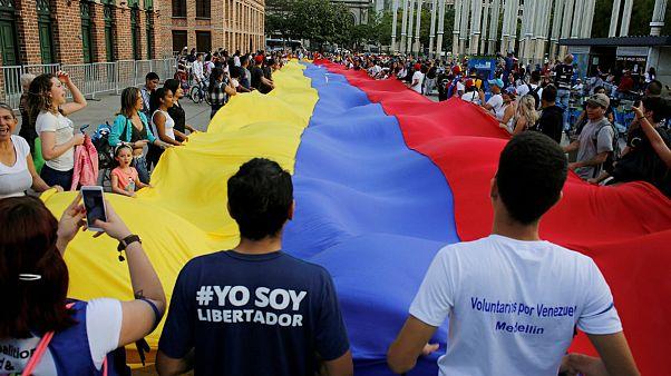 روسیه ادعای آمریکا در مورد ممانعت از خروج مادورو از ونزوئلا را رد کرد