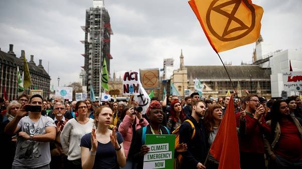 """بريطانيا قد تجعل مشاركتها """"صفر"""" في الاحتباس الحراري خلال 30 عاماً"""