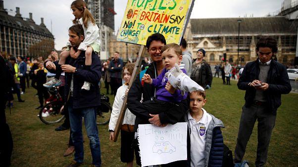 اعلام نخستین وضعیت اضطراری اقلیمی جهان در بریتانیا