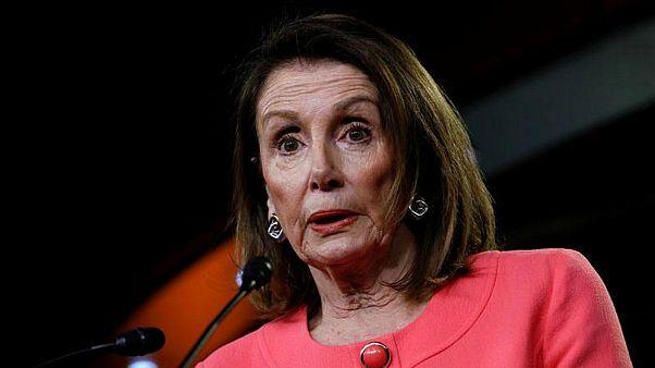 نانسي بيلوسي تتهم وزير العدل بالكذب على الكونغرس