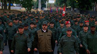 Maduro incita militares à luta