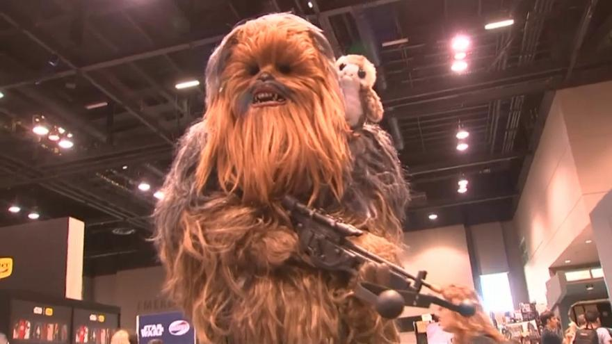 Video | Yıldız Savaşları'nda Chewbacca'yı canlandıran aktör Peter Mayhew hayatını kaybetti