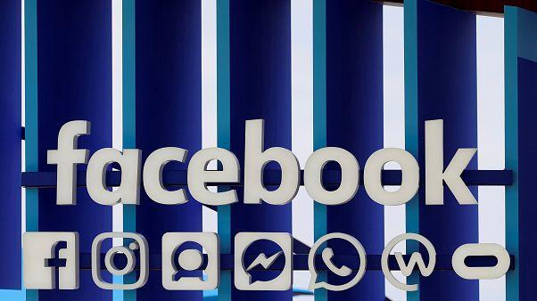 Facebook ırkçı ve nefret söylemlerine sahip tanınmış kişilerin hesaplarını kapatıyor