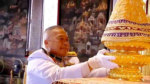 Vor der Krönung in Thailand
