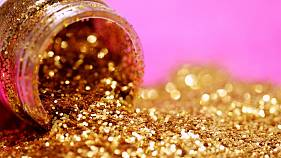#GoodReads | 'Greenwashing', eco-friendly glitter + closet clear outs