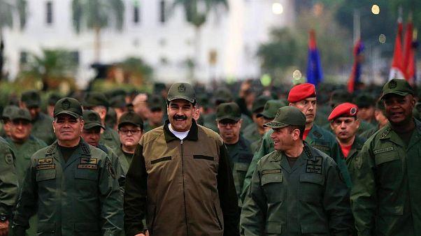 Siyasi uzmanların kafa yorduğu soru: Maduro Guaido'yu neden tutuklatmıyor?