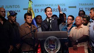 Venezuela crisis: Guaido defiant after failed coup attempt
