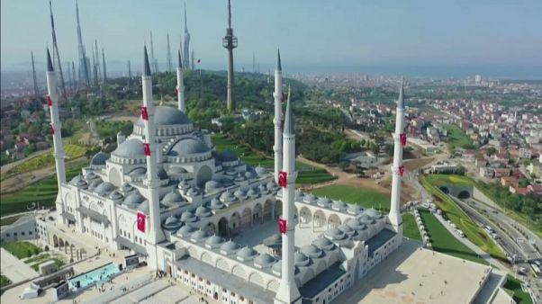 شاهد: افتتاح أكبر مسجد في تركيا
