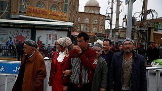 مجموعة من أقلية الويغور المسلمين في الصين