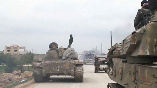 الحكومة السورية تعزز تواجدها العسكري بالقرب من إدلب