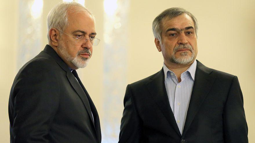 Hüseyin Feridun (sağ) İran Dışişleri Bakanı Zarif ile