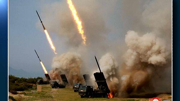 Észak-Korea megint rakétákat tesztelt