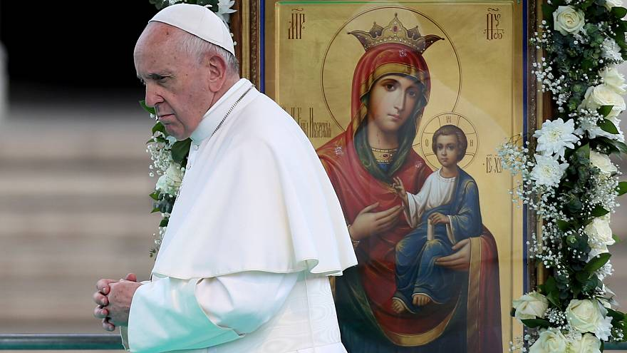 El papa visita Bulgaria