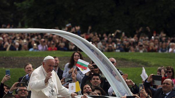 انتقاد و هشدار پاپ فرانسیس نسبت به کاهش نرخ زاد و ولد در اروپا