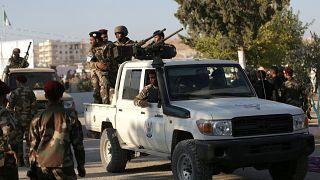 مقاتلين تابعين للحكومة السورية