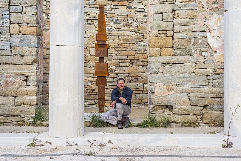 Oak Taylor Smith | Courtesy ΝΕΟΝ, Εφορεία Αρχαιοτήτων Κυκλάδων και o καλλιτέχνης.