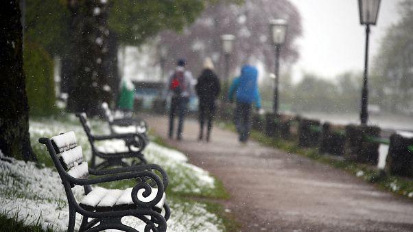 Neige et rafales de vent : l'hiver revient au mois de mai