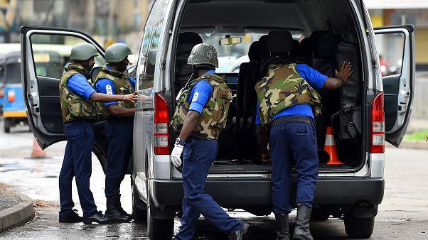 Sri Lanka güvenlik güçleri ülke genelinde aramalarını sıkılaştırdı