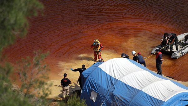 Polizei findet nach Serienmord Kinderleiche im Baggersee