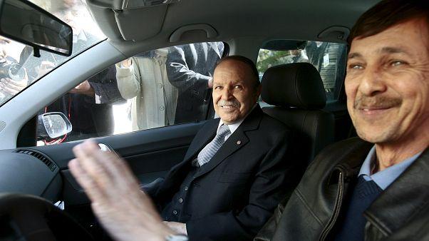 القضاء الجزائري يأمر باحتجاز شقيق بوتفليقة ورئيسي المخابرات السابقين