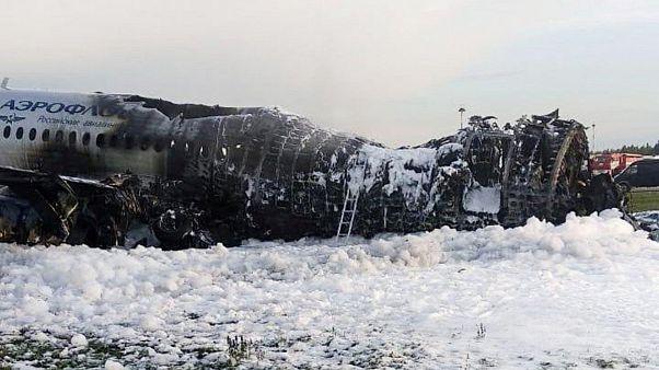افزایش آمار قربانیان هواپیمای سانحه دیده روسیه؛ دستکم ۴۱ نفر کشته شدند