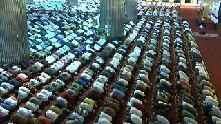 Индонезия: намаз таравих перед Рамаданом