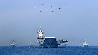 پکن: رزمناوهای آمریکایی دریای چین را ترک کنند