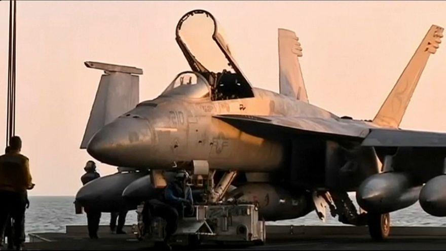 Tensione con Iran, gli Stati Uniti schierano portaerei e cacciabombardieri