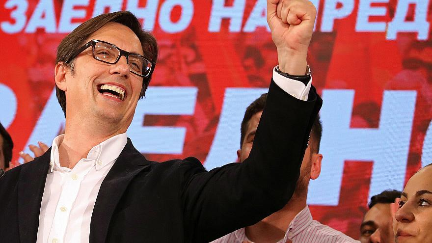 Pendarovski celebrates in Skopje after preliminary results