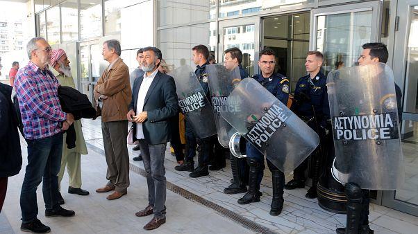 «Έσπασαν» τα ισόβια για τη δολοφονία Λουκμάν - Οργισμένες αντιδράσεις