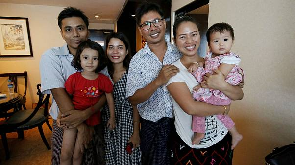 Mianmarban szabadon engedték a Reuters újságíróit