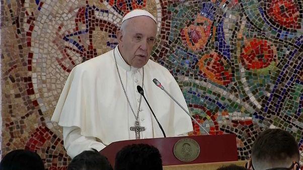 """Le pape François vante la """"mosaïque"""" des cultures en Macédoine du Nord"""