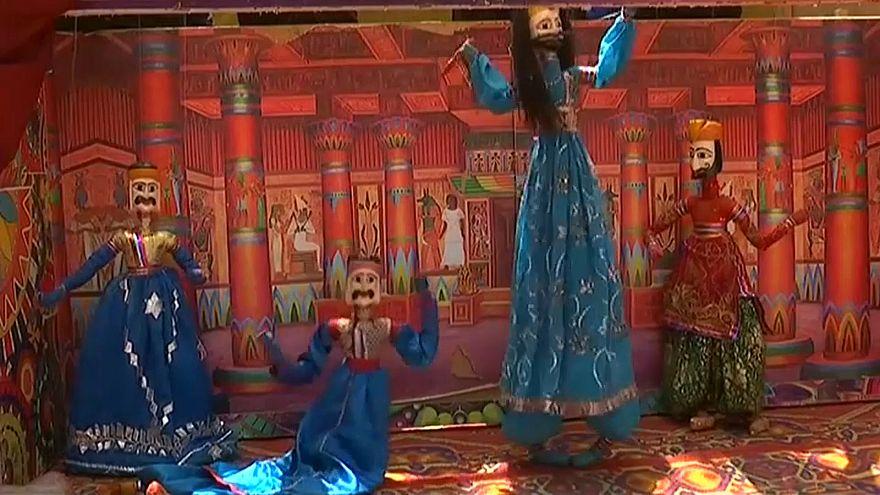 The show, starring Sinbad the Sailor, teaches respect for all faiths