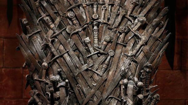 Game of Thrones: «Συγγνώμη» της παραγωγής για το κύπελλο των Starbucks