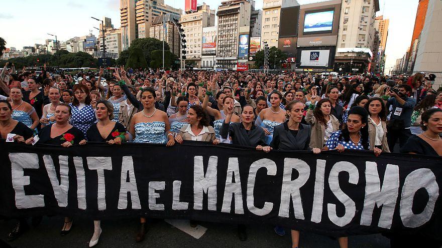 Εβίτα Περόν: Πορεία γυναικών για τα 100 χρόνια από τη γέννησή της