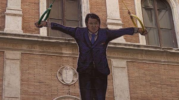 Az olasz miniszterelnököt ábrázoló papírmasé jelent meg Róma utcáin
