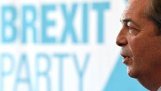 Brexit: Farage a kétpárti rendszer végét sejteti