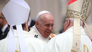 Nordmazedonien: Papst-Messe vor 15.000 Gläubigen