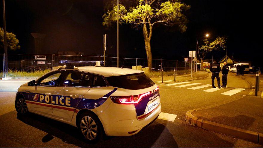 گروگانگیری مسلحانه ۵ ساعته در جنوب فرانسه؛ هر ۴ گروگان آزاد شدند