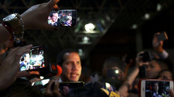 Expulsan de Venezuela a un periodista español que cubría la crisis