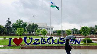 Özbekler geçtiğimiz yıl ülkelerini ziyaret eden 19 İzlandalı turisti arıyor