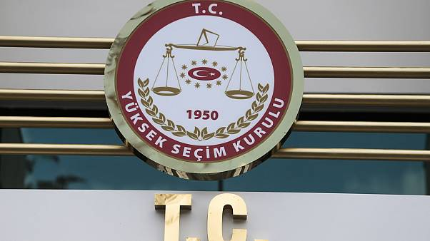 CHP 24 Haziran seçimleri ile İstanbul'da 39 ilçede yapılan seçimlerin iptali için YSK'ya başvurdu