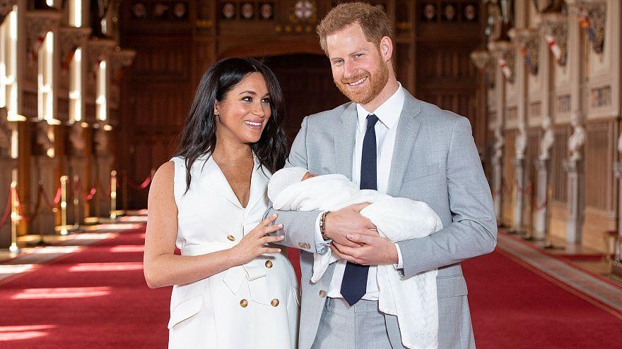 "İngiltere Prensi Harry ve Düşes Meghan bebeklerine ""Archie"" ismini verdi"
