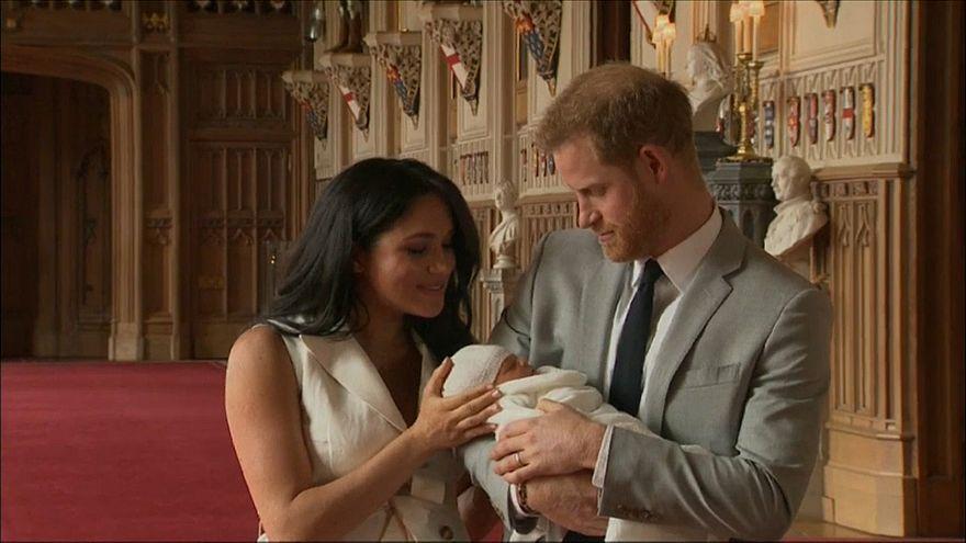 """Britische Royals verraten den Namen von """"Baby Sussex"""""""