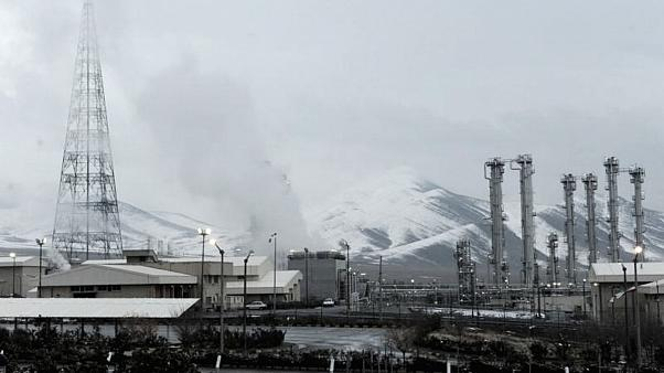 İran'ın nükleer anlaşmadaki taahhütlerini kısmen durdurması ne anlama geliyor?
