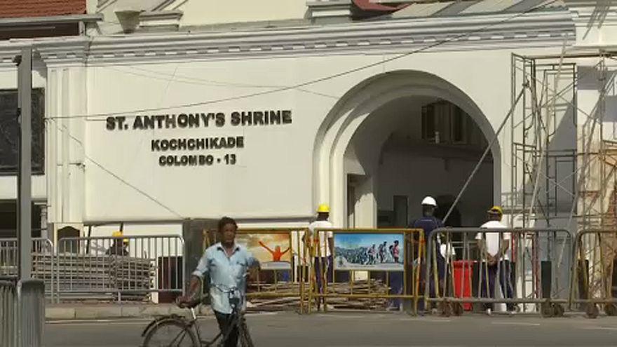 Újranyitották Srí Lankán a találatot kapott templom szentélyét