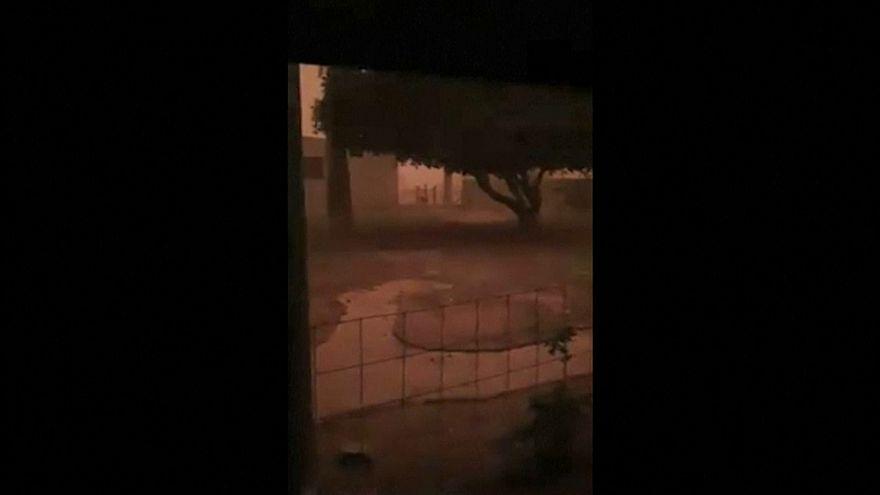 شاهد: عاصفة ترابية تكسو الأراضي الأسترالية باللون الأحمر