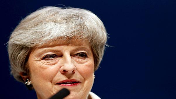 """تيريزا ماي تعتمد أسلوب """"ليفربول"""" في تعاطيها مع الأوروبيين بشأن """"بريكست"""""""