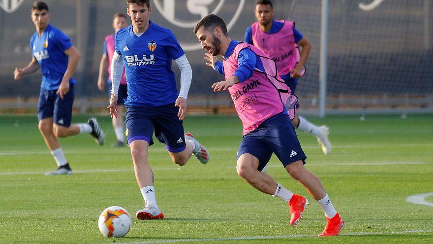 El Valencia se aferra a Mestalla para remontar ante el Arsenal
